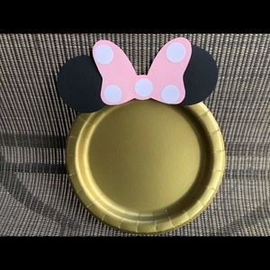 Minnie Mouse party plates set of 12